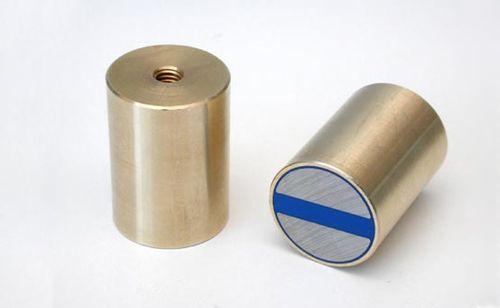 Magnetický prvok valcový s vnútorným závitom a toleranciou h6, NdFeB